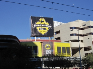 Sun Devil Stadium bore the banner of the Buffalo Wild Wings Bowl for the show-down between Michigan and Kansas State on the 28th.