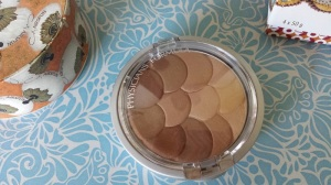 What's this? A bronzer I actually really like! (by Physician's Formula)