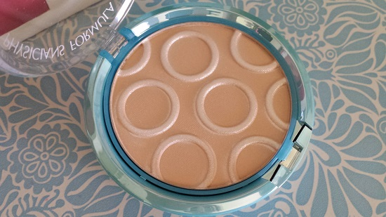 Physician's Formula does it again! Radiant powder is radiant.