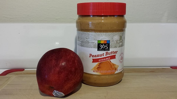 I've been on a serious peanut butter and organic apple kick lately!