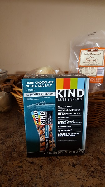 KIND Nuts and Spices bars (dark chocolate nuts and sea salt)