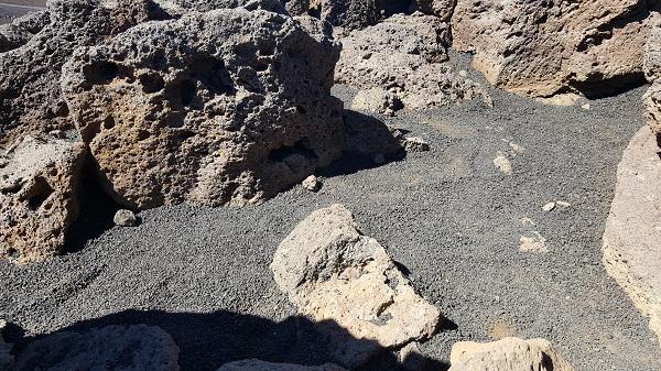 Treading on lava (Haleakala)
